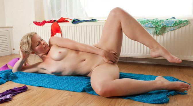 Laura P in  Abbywinters Nude Girls  Laura P April 07, 2011  Round Bum, Blue Eyes