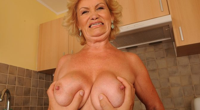 Effie in  21sextreme Bang the Granny! July 05, 2012  Facial, Granny