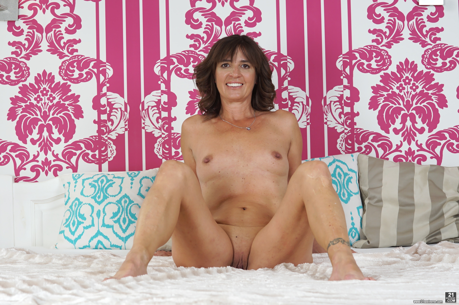 21 Sextreme Porno Net mariana in 21sextreme fucking profusely july 21, 2016