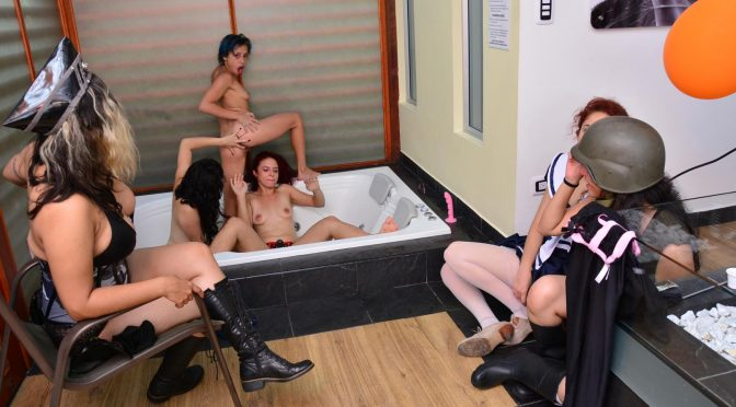 Luna Ruiz in  Carnedelmercado Wild Halloween lesbian threesome in the bathtub with hot Latina babes October 31, 2015  Halloween, Gonzo