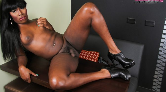 Kenya Long in  Blacktgirls Kenya Long All Sexed Up February 11, 2014  Transsexual