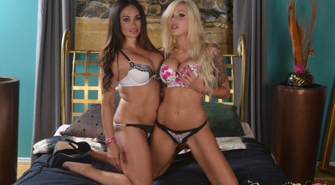 Claudia Valentine in  Pornstarplatinum Nina Elle in Bedtime Pussy with Claudia September 19, 2014  Lesbian, Big Tits