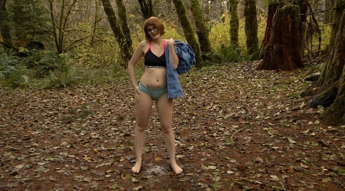 Hdwetting Forest Panty Wetting December 27, 2015  Outdoors