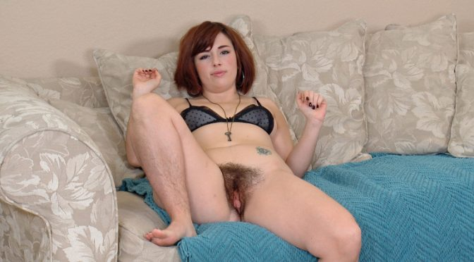 Simone in  Wearehairy All natural Simone introduces herself to all January 22, 2014  Hairy Arms, Interviews