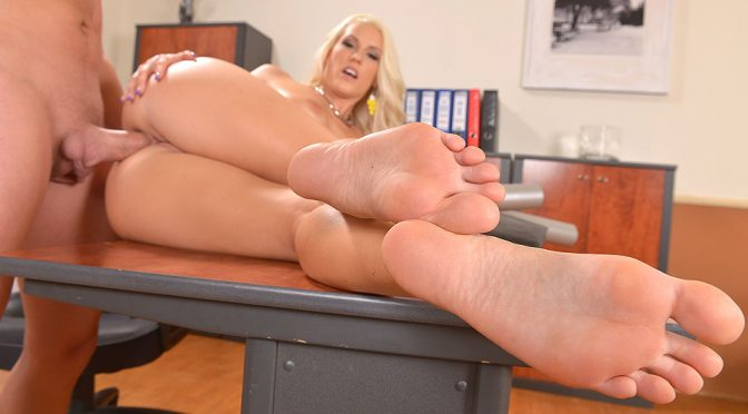Blanche Bradburry in  Hotlegsandfeet In the Know from Tip to Toe January 17, 2015  Sucking, Cum On Feet