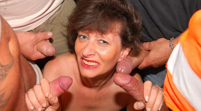 Judyt in  21sextreme Mature mouth in action July 29, 2009  Blowjob, Amateur