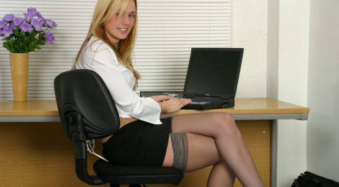 Alexis in  Sapphicerotica Office Oral November 16, 2004  Indoors, GG Licking