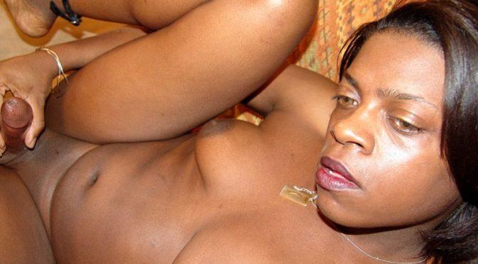 Moka in  Blacktgirls Moka Cums Hard! March 15, 2006  Transsexual