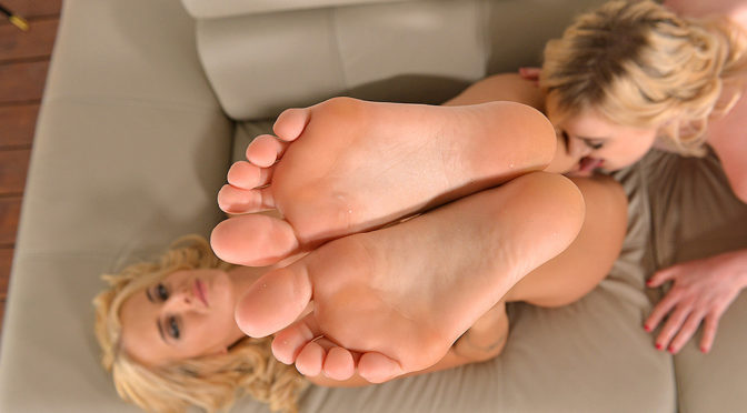 Carly Rae in  Hotlegsandfeet The Beauties And The Feast – Sucking Toes And Licking Shoes July 02, 2016  Petting, Titty Play