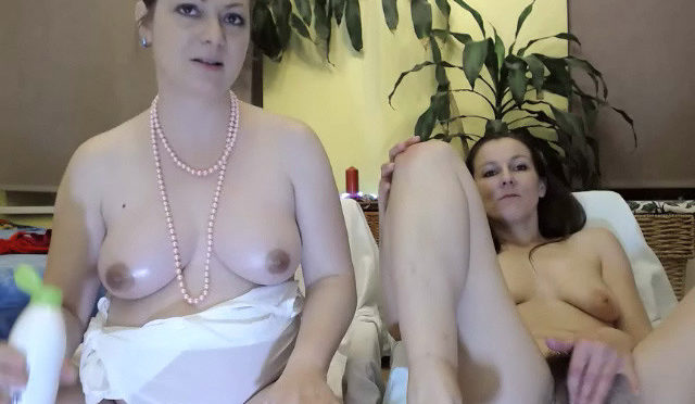 Bula in  Wearehairy Record of Bula's and Valentina Ross's live show December 12, 2018  Lingerie, Curvaceous