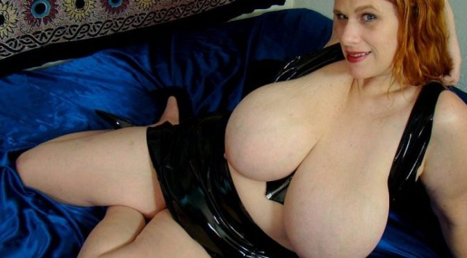 Kore Goddess in  Plumperpass Blowjob From a Goddess March 12, 2009  White, Blue Eyes