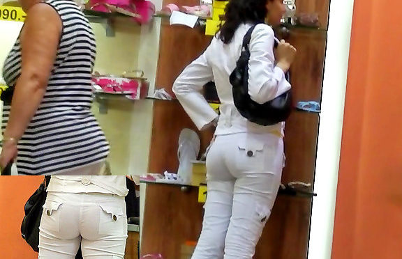 Upskirtcollection Very sexy jeans girl in a shoe shop February 23, 2012  Jeans Fetish