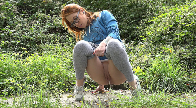 Got2pee Redhead in Glasses September 08, 2017  Crouching, Forest