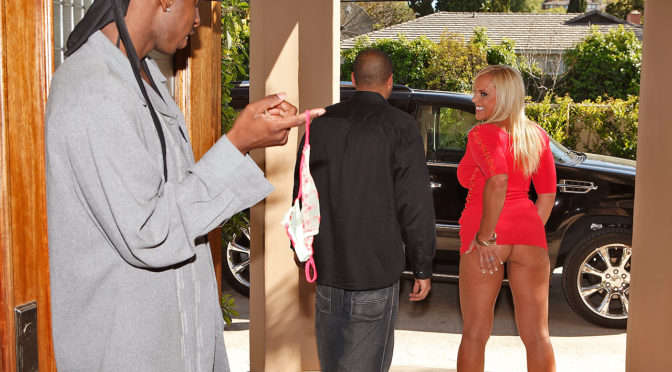 Alexis Golden in  Mofosvault Girls like big things May 20, 2009  Anal