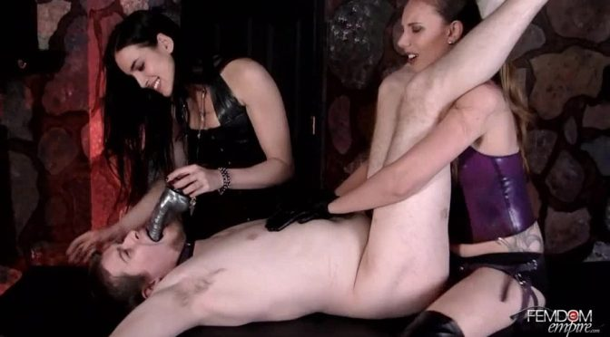 Mona Rogers in  Femdomempire Fuck and suck out of chastity December 28, 2011  Brunette