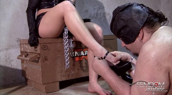 Coral Korrupt in  Femdomempire Filthy Feet licker February 01, 2012  Foot Worship, Dirty Feet