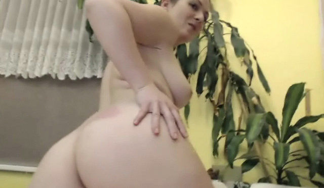 Bula in  Wearehairy Record of Bula's live show on 28 December 2017 February 15, 2018  Curvaceous, Stockings