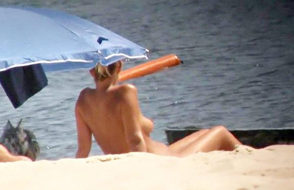 Upskirtcollection Nude beach sex view of people under sun April 21, 2014  Nude Beach Sex