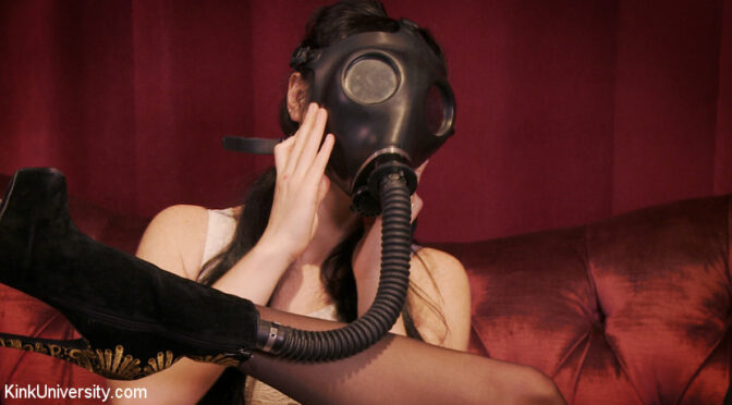 Siouxsie Q in  Kinkuniversity Sensual Sensory Deprivation January 08, 2015  Submission, Straight