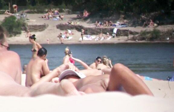 Upskirtcollection Nudist beach sex movie of amateur couple December 20, 2013  Nudist Beach Sex