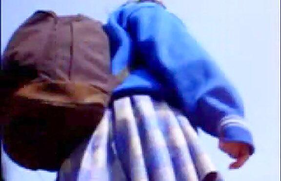 Upskirtcollection Pink panty windblown upskirts August 30, 2010  Skirt Up