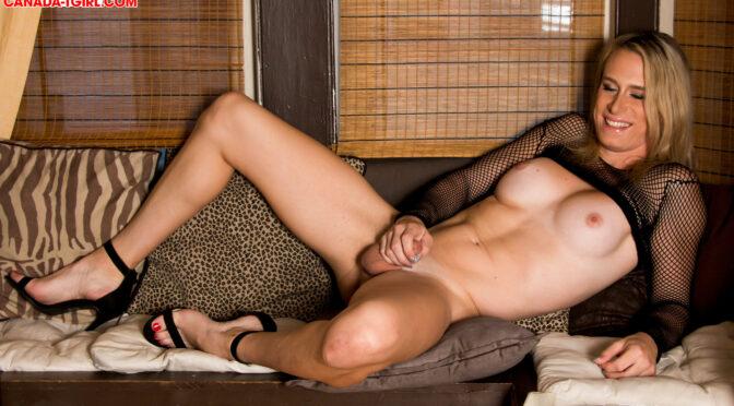 Nikki Vicious in  Canadatgirl Vancouver Vixen Nikki Vicious November 09, 2016  Transsexual
