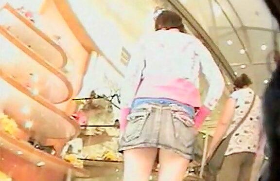 Upskirtcollection Chick has hot upskirt naked ass October 21, 2010  Free Upskirt