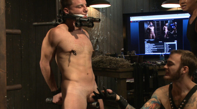 Van Darkholme in  Boundgods A pain slut and a newcomer – Live Show December 25, 2013  Rough Sex, Anal