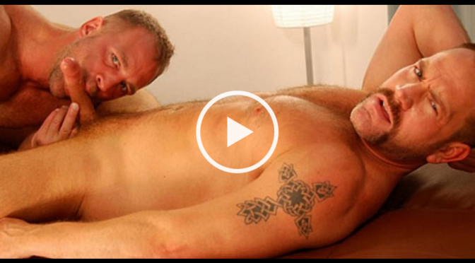 Parker Williams in  Menover30 Oral Dawgs April 24, 2008  Gay Porn