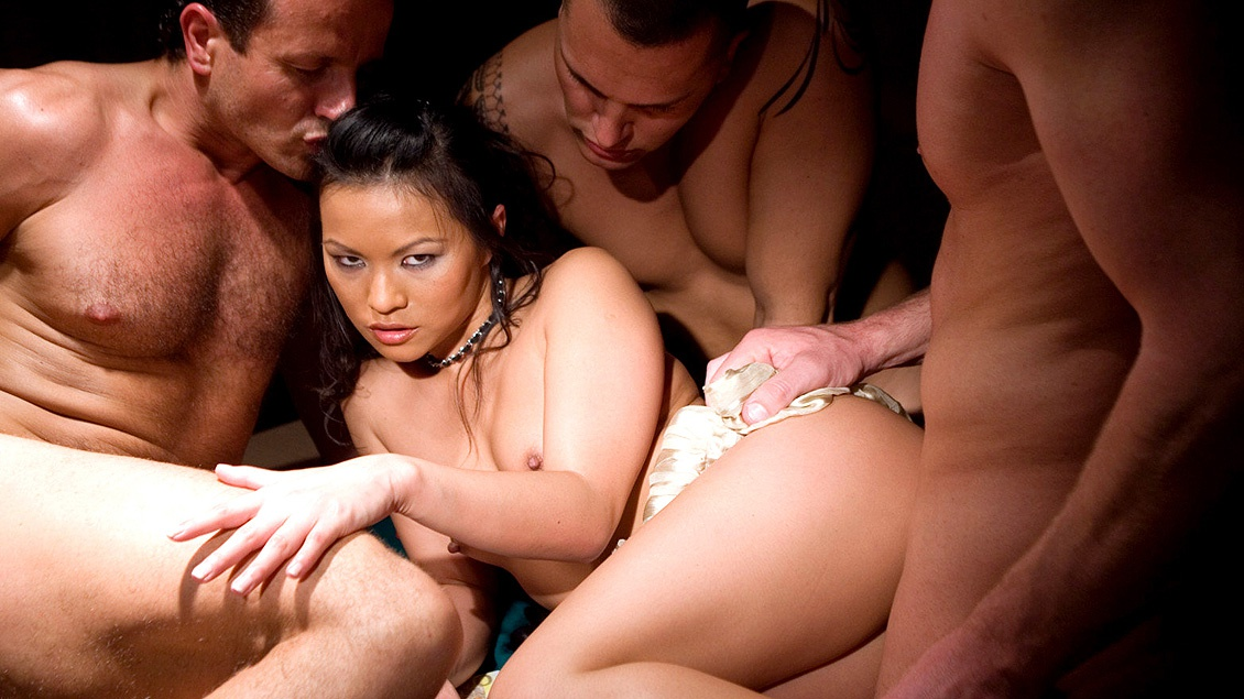 Lady mais orgy