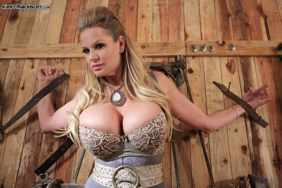 Country blonde tits busty
