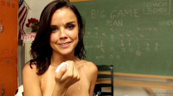 India Summer in  Realityjunkies BTS-Filthy Family #10 October 28, 2013  Pornstar, College