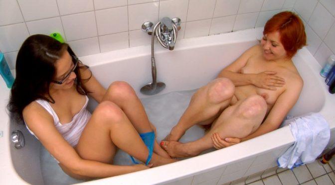 Kylie H in  Abbywinters Video Masturbation  Dahlia & Kylie H July 02, 2011  Water, Dim