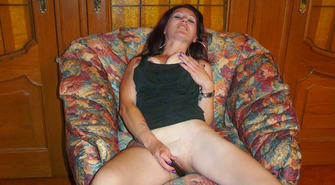 PD Nelly in  Scambistimaturi Horny mature Italian lady fucks herself with dildo in hot solo show November 28, 2015  Roby Bianchi, Crazy Sex