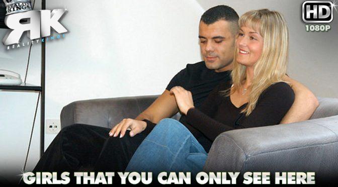 Nikki in  Mikesapartment Sex Partner June 21, 2004  White, Shaved
