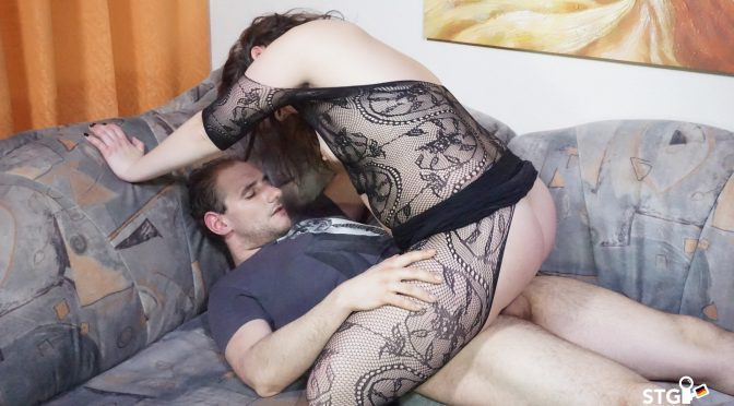 PD Andre in  Sextapegermany Intense dick sucking from brunette chubby German newbie for first time porn June 12, 2018  Chubby, German Couple