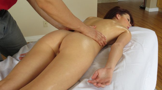 Kiera Winters in  Massagecreep In For a Quicky April 08, 2013  Oil