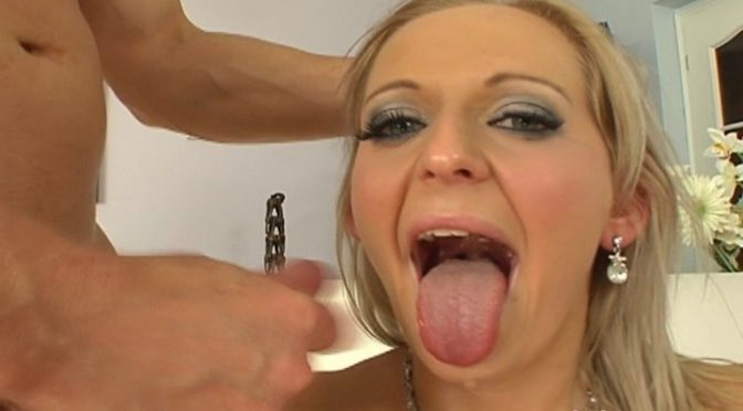 Mona Lee in  Doghousedigital CUMSHOTS-I Love It Hairy Volume 03 July 29, 2012  Blonde, Hairy