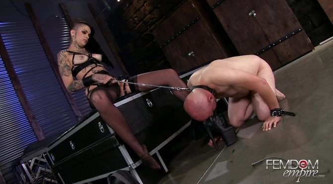 Leigh Raven in  Femdomempire Smelly Foot Submission August 31, 2016  Smelly Feet, Foot Worship