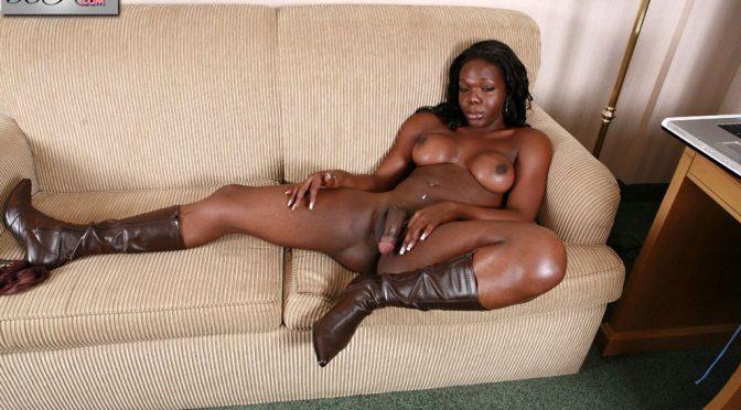 Aniyah in  Blacktgirls Aniyahs Lingerie Stroke February 27, 2007  Transsexual
