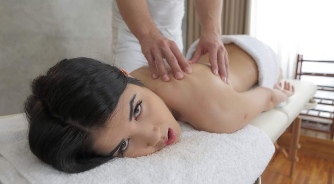 Lady Dee in  Tricky-masseur Extra service March 10, 2015  Massage